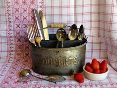 Vintage Tin Knife & Fork Holder, French Tin Vase, Knife Fork Container, Condiment Holder, Cottage Farmhouse, French Country Kitchen Tin Vase by JadisInTimesPast on Etsy