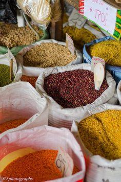 lentils and pulses, market, Kandy, Sri Lanka (www.secretlanka.com)