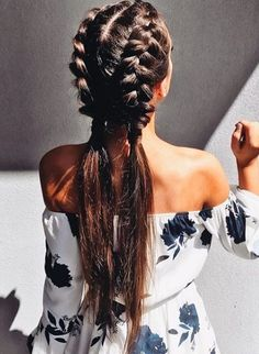 What really caught my eye about this picture was how long her hair was. Also her braids are just so nicely neat and big it's such a cute idea to do when you go out shopping or somewhere casual like.
