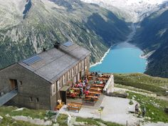 Diner in Austria. what a view! Places To Travel, Places To See, Wonderful Places, Beautiful Places, Graz Austria, Heart Of Europe, Photos Voyages, Holiday Destinations, Bergen