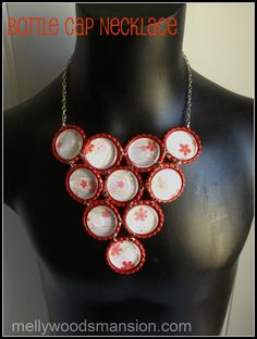 """Mel from Mellywood Mansion has done it again! She created a unique, unusual statement necklace using bottle caps! When describing the necklace Mel says """"Bottle caps jewelry gets take… Bottle Cap Jewelry, Bottle Cap Necklace, Bottle Cap Crafts, Bottle Caps, Diy Necklace Projects, Diy Projects, Jewelry Crafts, Jewelry Art, Jewlery"""