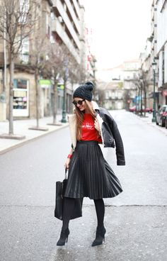 URBAN[winter]: pleated skirt; red t-shirt; black beanie