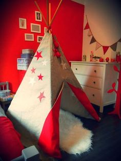 I want one in my sons room. A reading nook Diy Tipi, Teepee Tent, Teepees, Crafty Kids, Boy Room, Decoration, Diy For Kids, Kids Bedroom, Room Inspiration