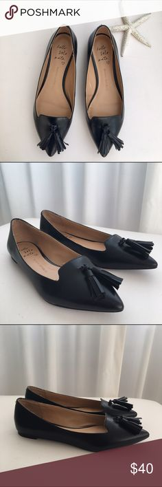 """Hello SoleMate"" by Banana Republic ""Hello Solemate"" Black leather flats with two tassels on each shoe by Banana Republic. Hardly worn. Fits a 7-7.5. Great for the office or with Skinny Jeans! Banana Republic Shoes Flats & Loafers"