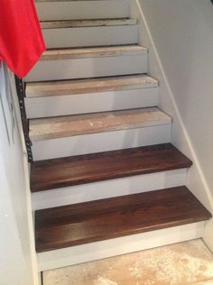 You know all of those stair tutorials that are a lot of work... lots of scraping and lots of painting. Well, this is a cheater version (little scraping / little…