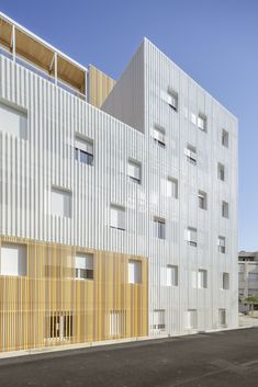 Gallery of Lucien Cornil Student Residence / A+Architecture - 3