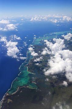 Maurice. Vue aérienne de l île Maurice avec des nuages.