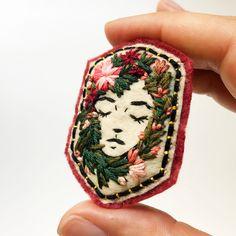 Just listed www.defnegunturkun.com/shop . . #embroidery #creamente #woman #brooch #badge #pin #handembroidery #maker #smallbusiness #handstitched #bordado #broderie #botanical #floral #girl #nakis #fiberart #textileart #dmcthreads #felt #modernmaker #modernembroidery