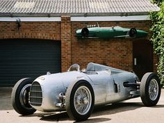 1934 Auto Union Typ A. That Looks Seriously Fun. I Wish it Had Contemporary Brakes, Drivetrain, Suspension, O.K. Save the Body and Interior. Lol