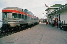 Looks like Barrie. Vintage Trains, Train Stations, Electric Train, Diesel, Shots, Canada, Cars, American, Image
