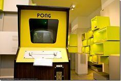 Um arcade original de Pong.