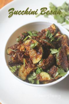 Super healthy besan zucchini poriyal or stir fry which gives so much flavour to the vegetables. This stir fry taste so yummy with plain rice and dal. Zucchini Recipes Indian, Zuchinni Recipes, Indian Food Recipes, Recipe Zucchini, Stir Fry Recipes, Veg Recipes, Vegetarian Recipes, Recipies, Pescatarian Recipes