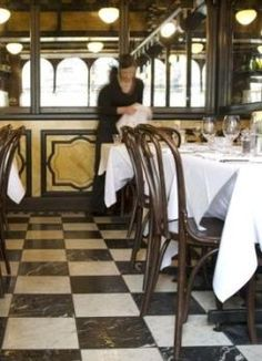 Café St Honore – Edinburgh New Town. Bookatable.com
