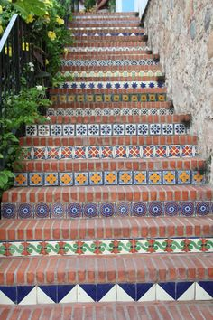 Bricks & Mexican - reminds me of the steps going up to Si Señor restaurant in Puerto Vallarta