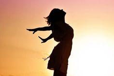 ¿Cómo vivir en abundancia? Aprende a eliminar y soltar definitivamente las sensaciones de vacío y carencia. ¡Hoy puedes vivir en abundancia! Más información: http://reikinuevo.com/como-vivir-abundancia/