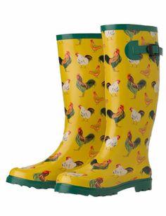 Dena needs these chicken boots!