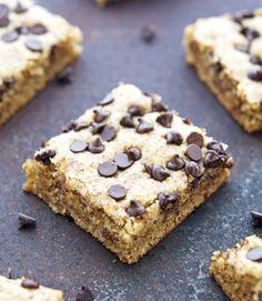 (Paleo) Chocolate Chip Cookie SquaresReally nice recipes. Every  Mein Blog: Alles rund um Genuss & Geschmack  Kochen Backen Braten Vorspeisen Mains & Desserts!