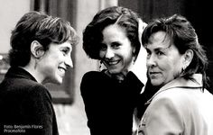 Dos de las que me gustan.Carmen Aristegui, Denise Dresser, Noemí Guzmán.