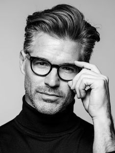 Smell Fresh x Look Good x Travel light Anywhere Anytime without a cologne! Older Mens Hairstyles, Quiff Hairstyles, Haircuts For Men, Medium Hair Cuts, Medium Hair Styles, Short Hair Styles, Eric Rutherford, Pompadour Hairstyle, Hair And Beard Styles