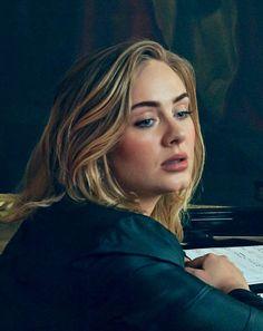 I love this face 💁🏼✋🏻 Adele Lyrics, Adele Music, Adele Hair, Adele Photos, Adele Adkins, Digital Portrait, Kate Winslet, People Magazine, Portrait