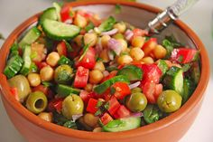 kichererbsen oliven salat