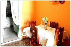 Detalle del interior de la vivienda. Cuba, Trinidad, Restaurants, Interiors