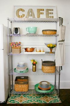 how to create more space in the kitchen, how to decorate a small kitchen, wire kitchen rack, kitchen rack idea, home design, home decor