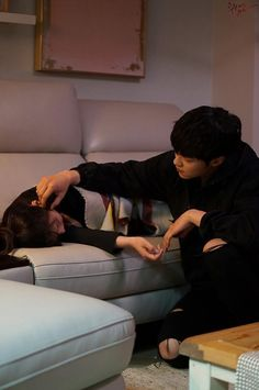 man ~ woman ~ love ~ asia ~ home ~ care Photo Couple, Love Couple, Best Couple, Couple Goals, Couple Ulzzang, Ulzzang Korean Girl, Relationship Goals Pictures, Cute Relationships, Couple Relationship