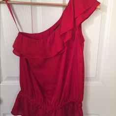 🎀 Host Pick 🎀 Cold Shoulder Ruffle Top Beautiful red cold should too, one sleeve with Ruffles. Like new condition with minimal wear. The Limited Tops Blouses