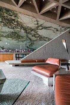// Sheats Goldstein Residence by John Lautner / Photo: Tom Ferguson