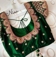 Wedding Saree Blouse Designs, Pattu Saree Blouse Designs, Blouse Designs Silk, Designer Blouse Patterns, Simple Blouse Designs, Stylish Blouse Design, Maggam Work Designs, Blouse Models, India