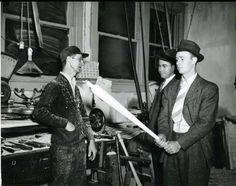 """Fresh off the lathe, Joe Gordon inspects one of his bats at the Louisville Slugger bat factory in Louisville Slugger, Sports Brands, Rare Photos, Bats, Baseball, Black And White, Fresh, Twitter"