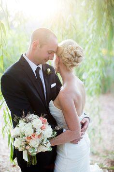 Photography: Jackie Cooper - jackiecooperphoto.com/  Read More: http://www.stylemepretty.com/2015/01/26/elegant-kansas-garden-wedding-at-botanica/