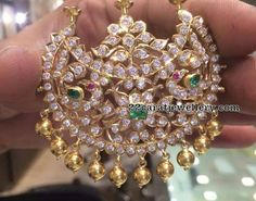 Latest Collection of best Indian Jewellery Designs. Pendant Design, Pendant Set, Gold Pendant, Pendant Jewelry, 14k Gold Jewelry, Royal Jewelry, Diamond Jewelry, Indian Jewellery Design, Indian Jewelry
