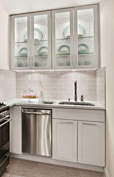 Elegant Gramercy Park Studio Kitchen