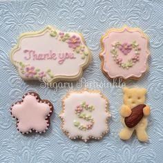 お仕事の契約が終わった友達へプレゼントしたクッキーと…  #アイシングクッキー #icingcookie #decoration #アイシング #icing #クッキー #cookie #アイシングクッキー新浦安 #シュガペリ #ありがとう #thankyou #契約終了 #友達 #感謝