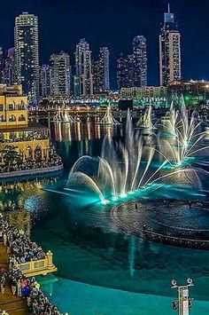Dubai Mall - Dancing Fountain Show! We are featuring Dubai make sure you use hashtag to get featured! l Travel l Lifestyle l Goods l by upscalecollection Dubai Vacation, Dubai Travel, Dream Vacations, Vacation Spots, Dubai City, Dubai Mall, Dubai Trip, Places Around The World, Travel Around The World