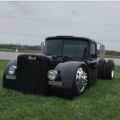 pictures of rat rod trucks Custom Pickup Trucks, Classic Pickup Trucks, Dually Trucks, Old Pickup Trucks, Mack Trucks, Hot Rod Trucks, Big Rig Trucks, Diesel Trucks, Cool Trucks