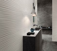 Discover the three-dimensional ceramic tile surfaces of Wall wall tiles by Atlas Concorde, to furnish any room in your home with elegance and dynamism. 3d Wall Tiles, Decorative Wall Tiles, Ceramic Wall Tiles, Contemporary Interior Design, Modern Bathroom Design, Modern Bathrooms, Concorde, Tiles London, Bespoke Furniture