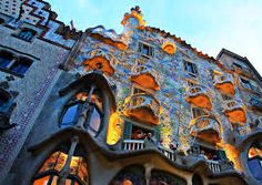 Antoni Gaudi's architectural style in many ways has come to define the city of Barcelona. With this travel plan designed by the Utrip Team, travelers w. Bon Weekend, Babylon City, Affordable Cruises, Antonio Gaudi, Barcelona Architecture, Bahamas, Cultural Events, Spain Travel, Week End