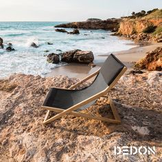 Cane Time brings us the outdoor luxury of Dedon with Seax and SeaYou - a growing family of folding chairs. SeaYou by Jean-Marie Massaud for Dedon raises Ottoman Furniture, Balcony Furniture, Furniture Design, Outdoor Furniture, Outdoor Decor, Wood Furniture, Outdoor Living, Schmidt, Teak