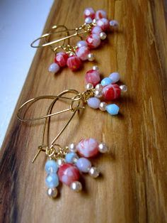 Cute Czech glass beads earrings♡♡ They look so yummy to me!