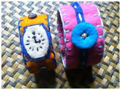 easy DIY felted watches for kids...these are so cute! Any two-year old would love it!
