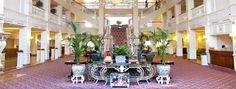 Disneyland Paris Hotels   Disneyland® Hotel