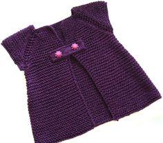 Modèle gratuit de tricot :En mai fais ce qu'il te plait - petite fille Knitting For Kids, Baby Knitting Patterns, Crochet For Kids, Baby Patterns, Crochet Baby, Plaid Crochet, Knit Crochet, Tricot Baby, Making Scarves