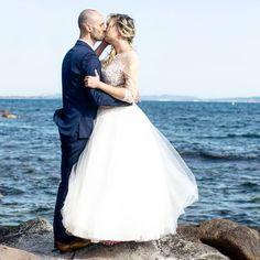 a y est on s'est jeté à l'eau, on s'est dit OUI ! #wedding #weddingday #bride #bridesmaid #fun #party #beautifulbride #congratulations