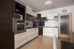 StarBrokers - EXKLUZÍVNY predaj veľkého 2-izb. bytu, ktorý Vás očarí + šatník/pracovňa! :: TOP Reality
