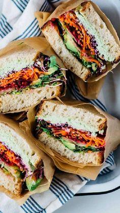 Vegetarian Picnic, Healthy Picnic Foods, Vegan Picnic, Healthy Food, Vegan Sandwich Recipes, Veggie Sandwich, Lunch Recipes, Vegan Recipes, Sandwich Ideas