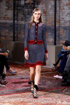 Sfilata Gucci New York - Pre-collezioni Primavera Estate 2016 - Vogue