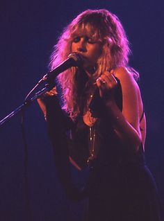 Stevie Nicks. Madison square garden in 1977. Source-crystalline